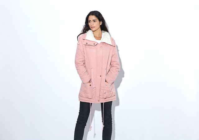 Winter Coat, Women's Medium-Long. Hooded Snow Parka 18