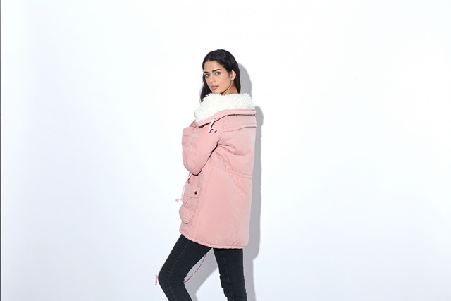 Winter Coat, Women's Medium-Long. Hooded Snow Parka 13