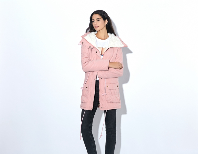 Winter Coat, Women's Medium-Long. Hooded Snow Parka 11