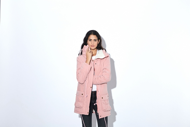 Winter Coat, Women's Medium-Long. Hooded Snow Parka 14